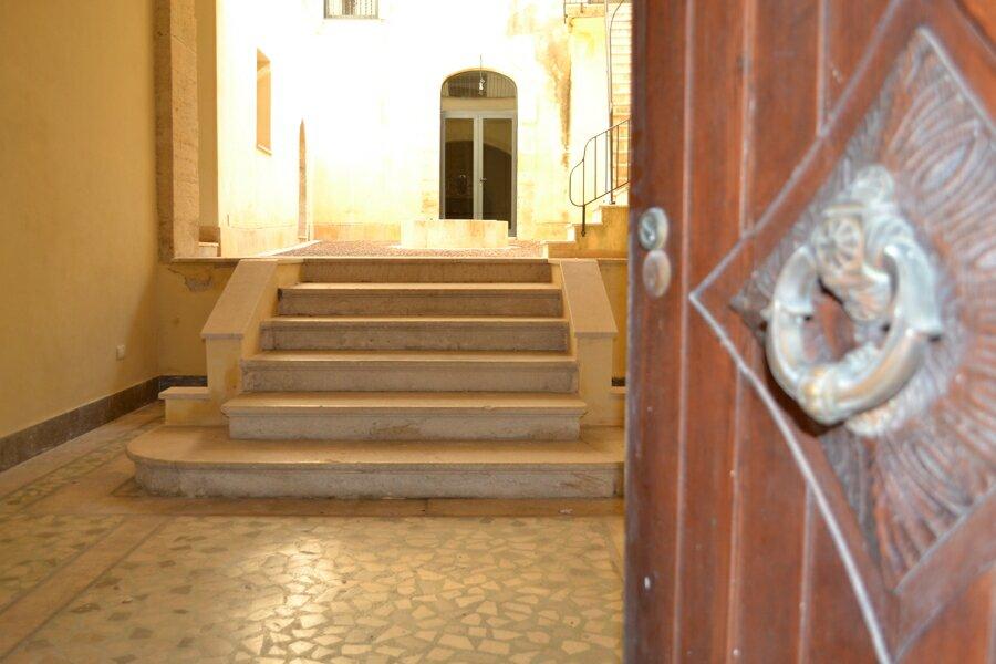 004-Salemi-Palace