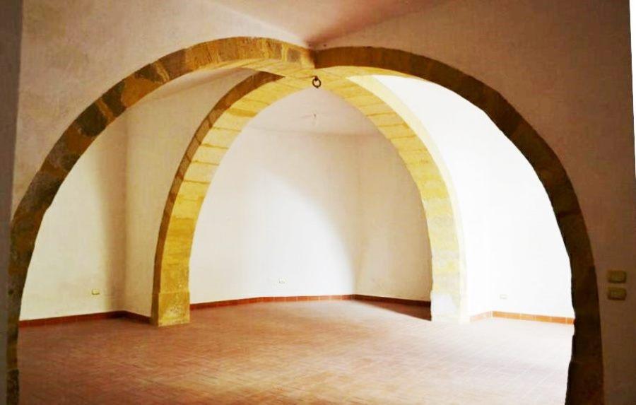 014-Salemi-Palace