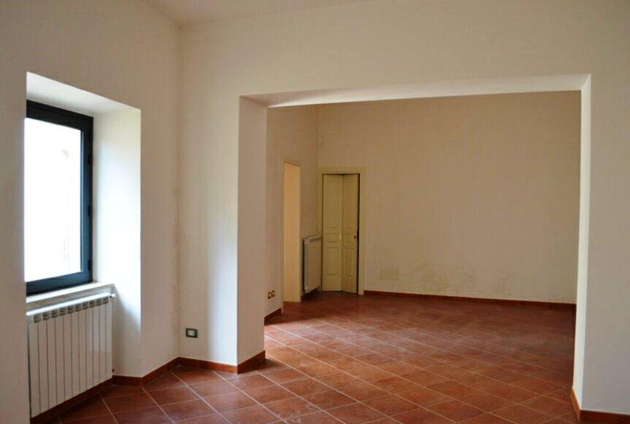 033-Salemi-Palace