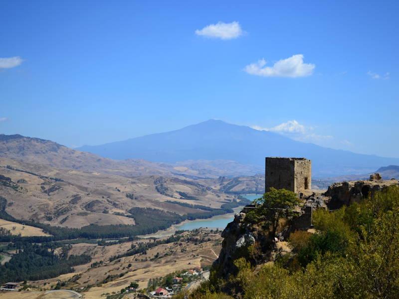 Agira-Etna-view1