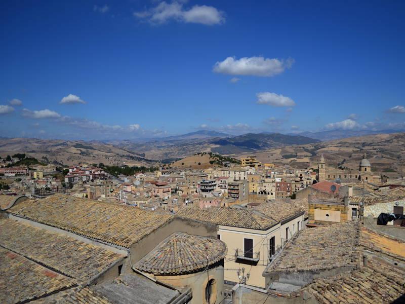 Agira-Panorama-from-Terrace1