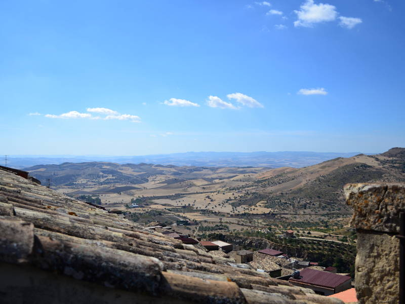 Agira-Panorama-from-Terrace2