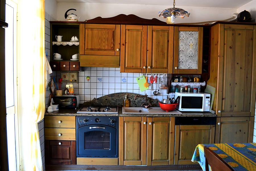 Licata-Ground-Floor-Kitchen