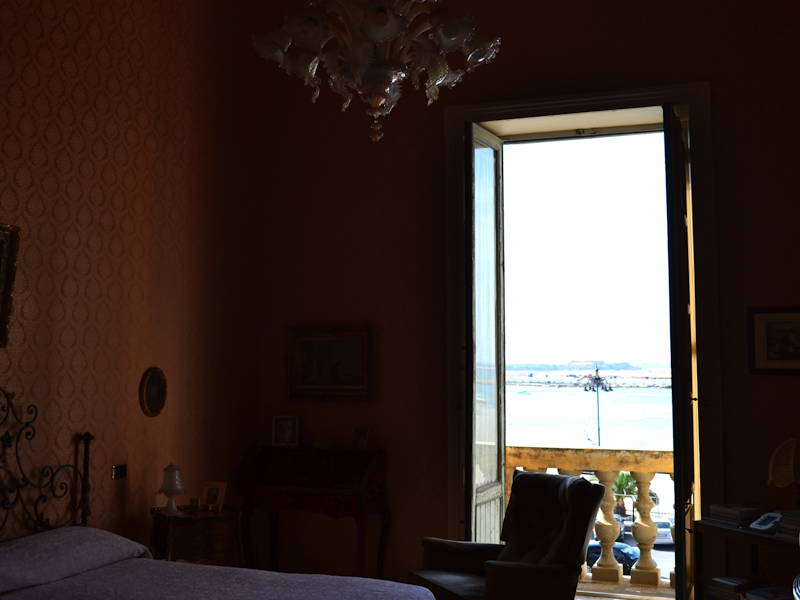 Trapani-Master-Bedroom