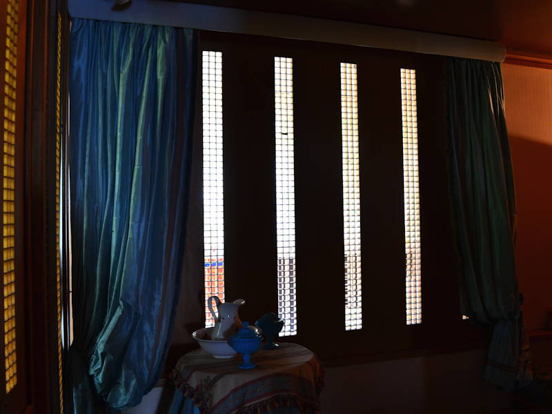 Windows-and-Curtains3